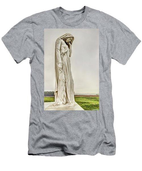 Vimy Memorial - Canada Bereft Men's T-Shirt (Athletic Fit)
