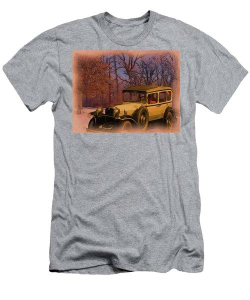 Vintage Auto In Winter Men's T-Shirt (Athletic Fit)
