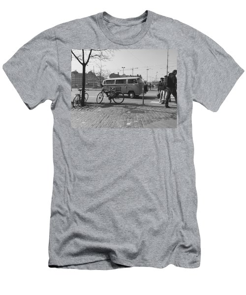 Vw Oldie Men's T-Shirt (Athletic Fit)