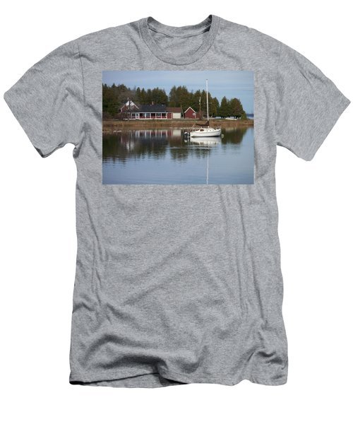 Washington Island Harbor 4 Men's T-Shirt (Athletic Fit)