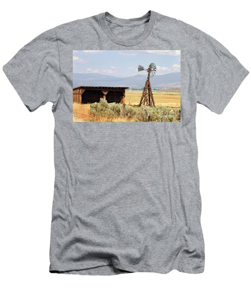 Water Pumping Windmill Men's T-Shirt (Athletic Fit)