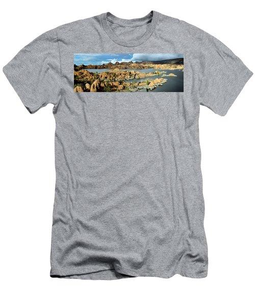 Watson Lake Arizona Men's T-Shirt (Athletic Fit)