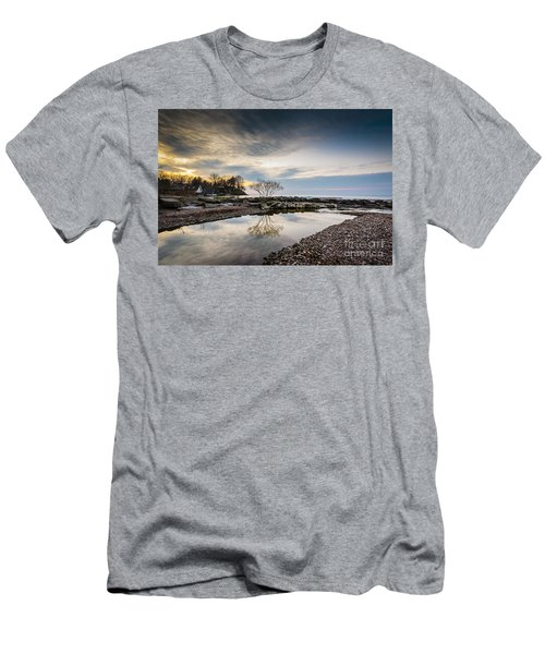 Webster Ny Lake View Men's T-Shirt (Athletic Fit)