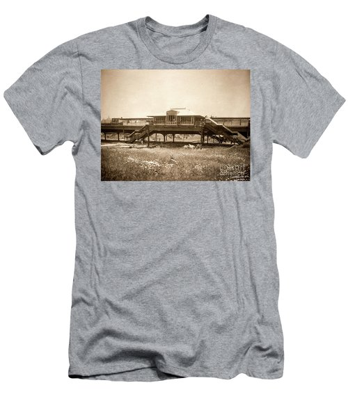 West 207th Street, 1906 Men's T-Shirt (Athletic Fit)