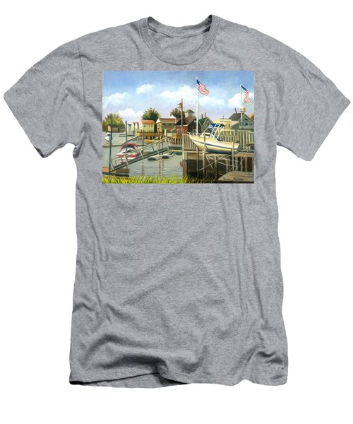 White Boat With Flags In Broad Channel Men's T-Shirt (Athletic Fit)