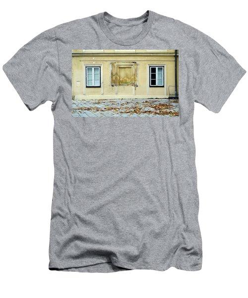 Wiener Wohnhaus Men's T-Shirt (Athletic Fit)