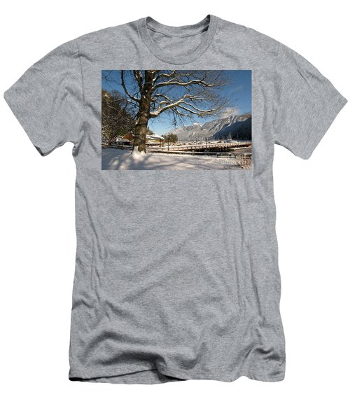 Winter Horseshoe Men's T-Shirt (Athletic Fit)