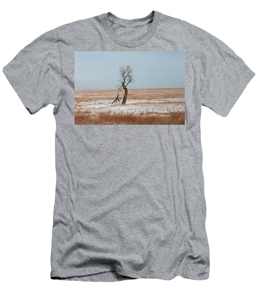 Winter In Kansas Men's T-Shirt (Athletic Fit)