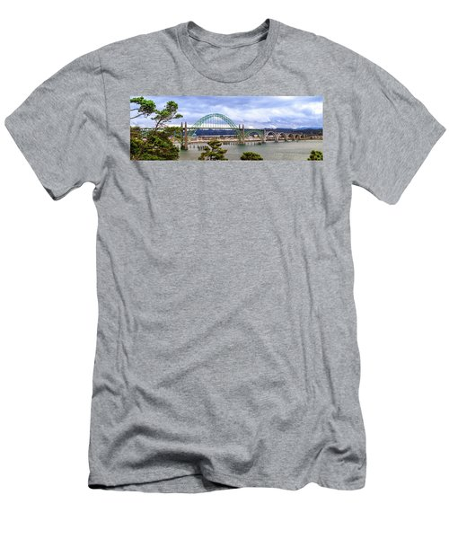 Yaquina Bay Bridge Panorama Men's T-Shirt (Athletic Fit)