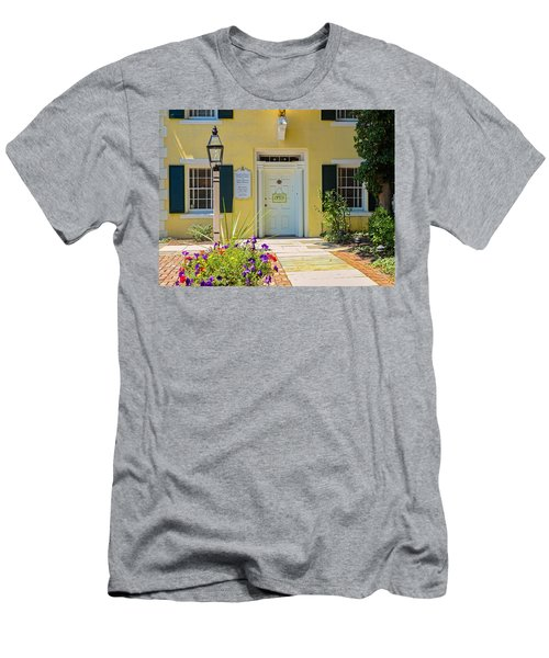 Yellow House In Kingston Men's T-Shirt (Athletic Fit)