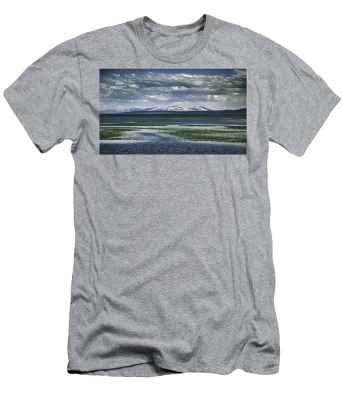 Yellowstone Mountain Scape Men's T-Shirt (Athletic Fit)