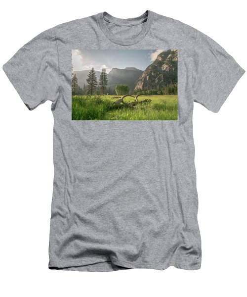 Sundown On The Valley Men's T-Shirt (Athletic Fit)