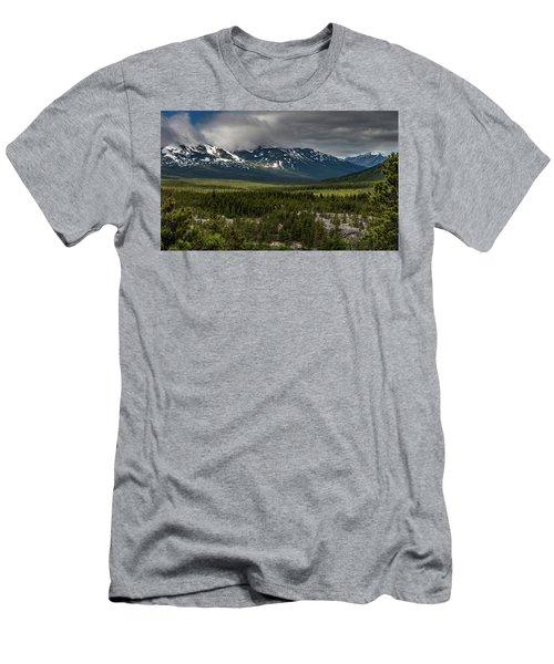 Yukon Wilderness Men's T-Shirt (Athletic Fit)