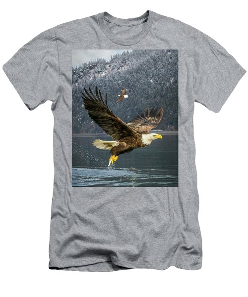 Bald Eagle With Catch Men's T-Shirt (Athletic Fit)