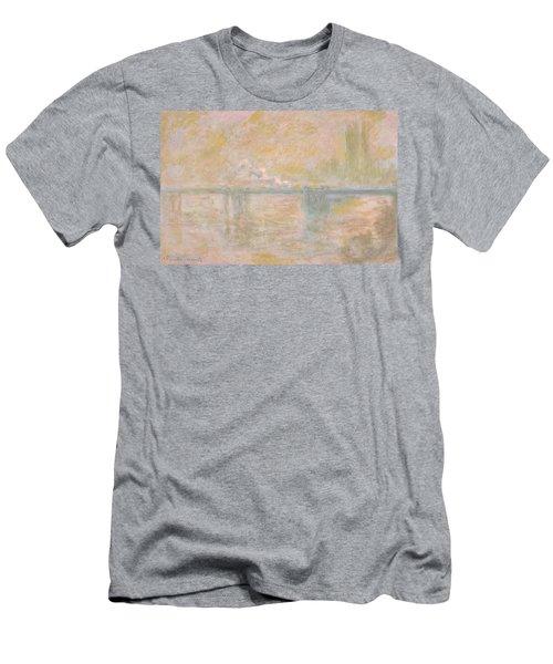 Charing-cross Bridge In London -  Men's T-Shirt (Athletic Fit)