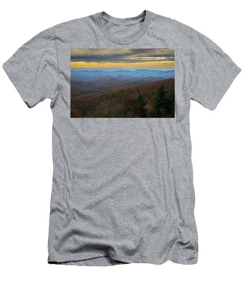 Blue Ridge Parkway - Blue Ridge Mountains - Autumn Men's T-Shirt (Athletic Fit)