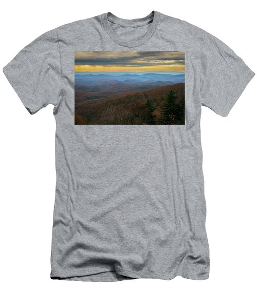 Blue Ridge Parkway - Blue Ridge Mountains - Autumn Men's T-Shirt (Athletic Fit)