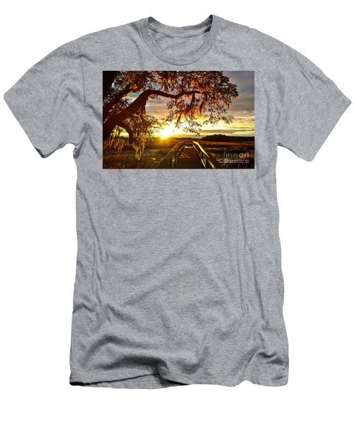 Breaking Sunset Men's T-Shirt (Athletic Fit)