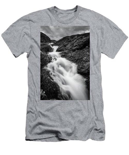 close to Ygnisdalselvi, Norway Men's T-Shirt (Athletic Fit)