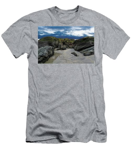Coastline Castle Men's T-Shirt (Athletic Fit)