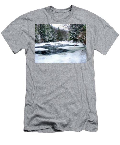 Cucumber Run In Winter Men's T-Shirt (Athletic Fit)