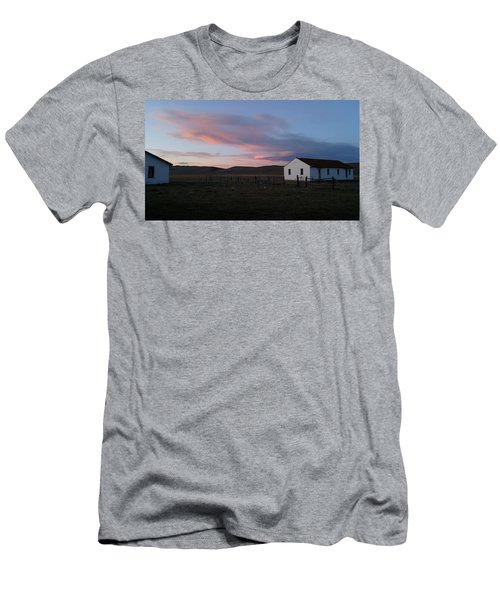 Cue The Coyotes Men's T-Shirt (Athletic Fit)