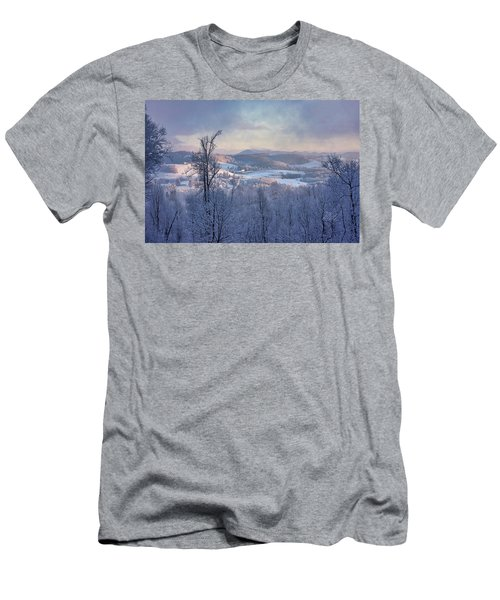 Deer Valley Winter View Men's T-Shirt (Athletic Fit)