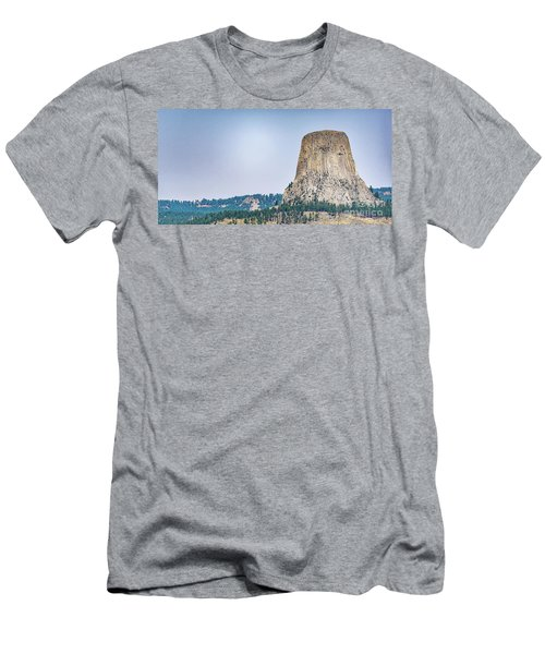 Devils Tower Men's T-Shirt (Athletic Fit)