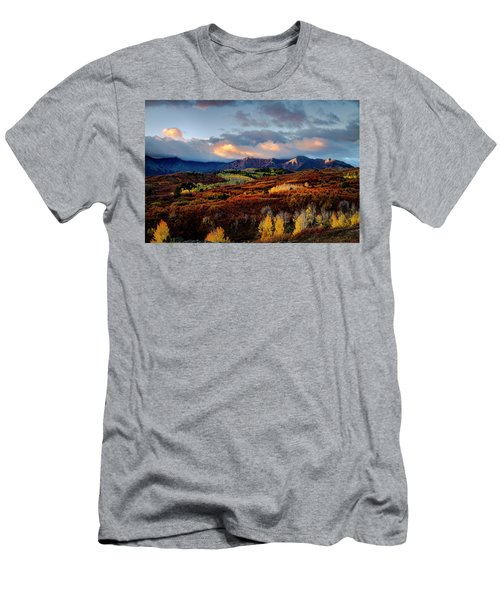 Dramatic Sunrise In The San Juan Mountains Of Colorado Men's T-Shirt (Athletic Fit)