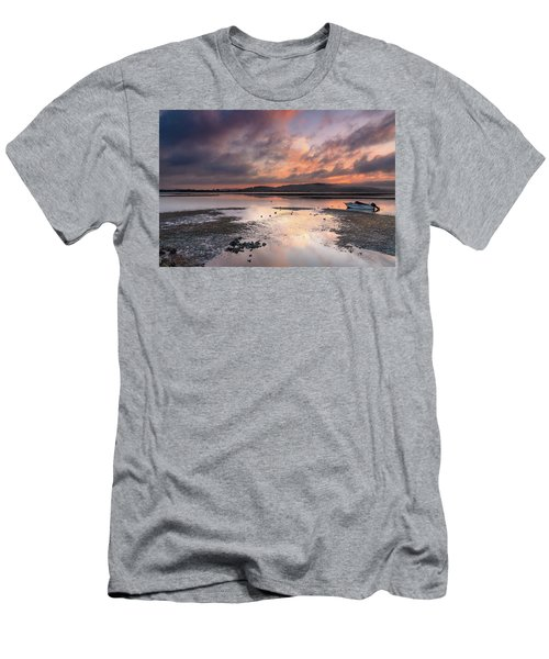 Dusky Pink Sunrise Bay Waterscape Men's T-Shirt (Athletic Fit)