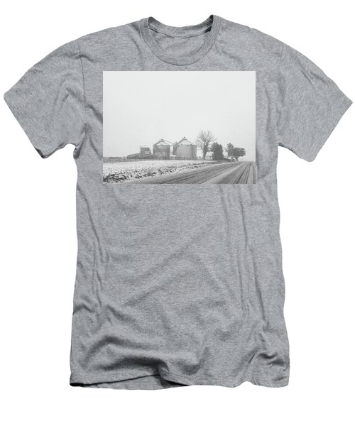 Foggy Farm Men's T-Shirt (Athletic Fit)