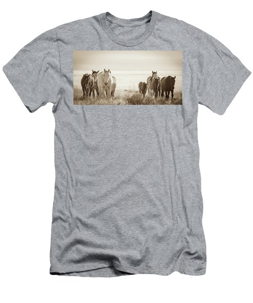 Free Family 3 Men's T-Shirt (Athletic Fit)