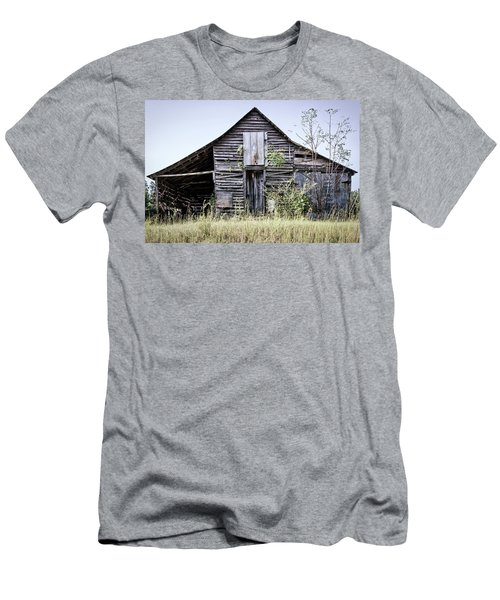 Georgia Barn Men's T-Shirt (Athletic Fit)
