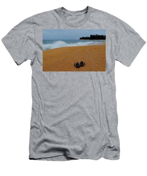 Ke'e Beach Men's T-Shirt (Athletic Fit)