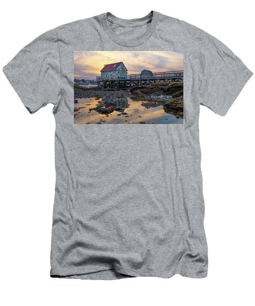 Low Tide Reflections, Badgers Island.  Men's T-Shirt (Athletic Fit)