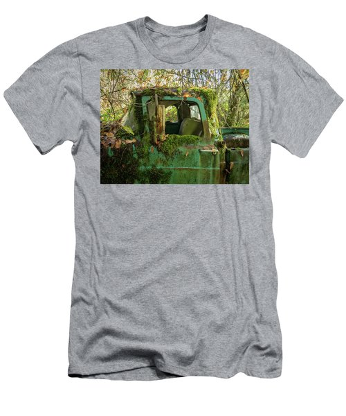 Mossy Truck Men's T-Shirt (Athletic Fit)
