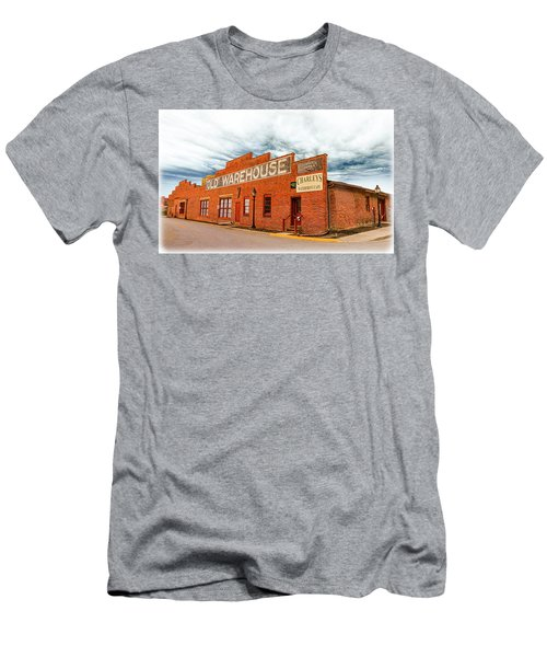 Old Warehouse In Farmville Virginia Men's T-Shirt (Athletic Fit)