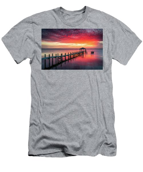 Outer Banks North Carolina Sunset Seascape Photography Duck Nc Men's T-Shirt (Athletic Fit)