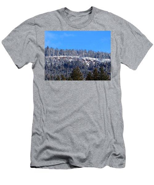 Oyama Cliffs Men's T-Shirt (Athletic Fit)