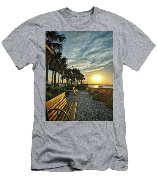Palm Tree Sunset Men's T-Shirt (Athletic Fit)