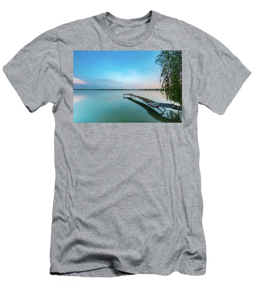Peacefull Waters Men's T-Shirt (Athletic Fit)