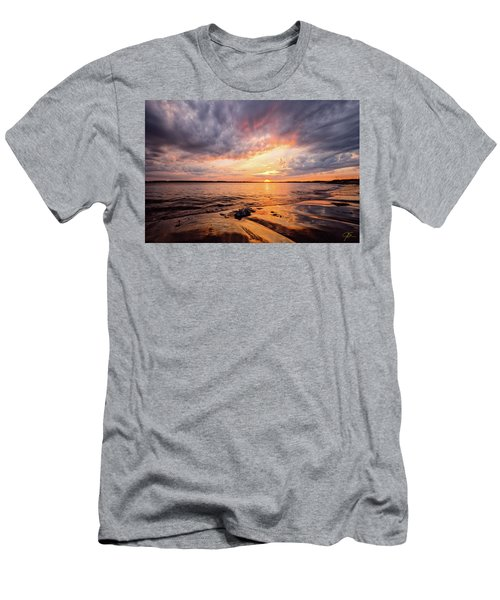 Reflect The Drama, Sunset At Fort Foster Park Men's T-Shirt (Athletic Fit)