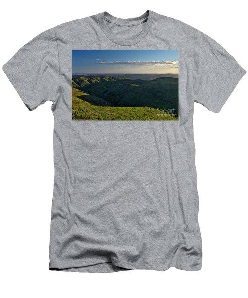 Rolling Mountain - Algarve Men's T-Shirt (Athletic Fit)