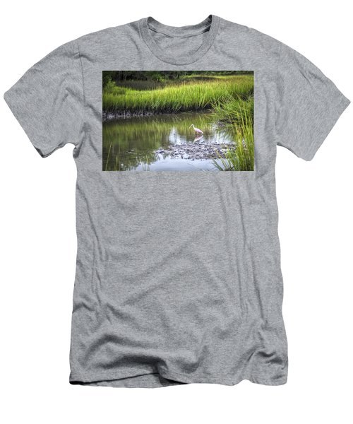 Roseate Spoonbill - Feeding Men's T-Shirt (Athletic Fit)
