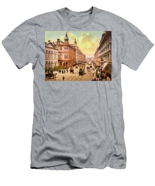 Royal Avenue In Belfast Men's T-Shirt (Athletic Fit)