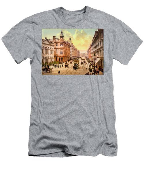Royal Avenue In Belfast Men's T-Shirt (Athletic Fit)