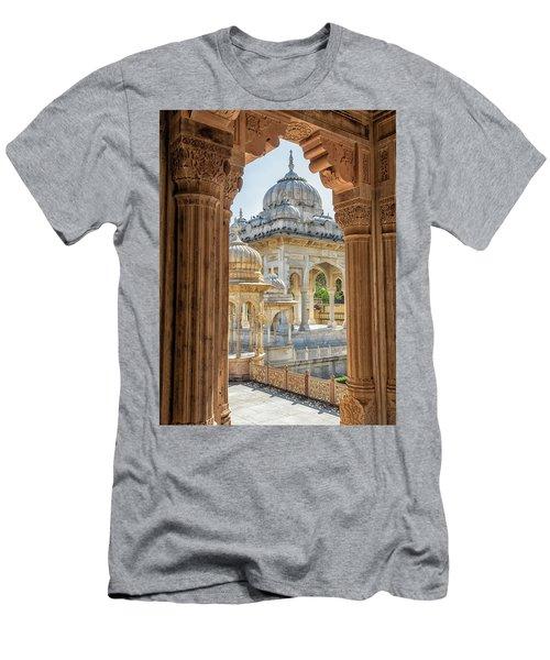 Royal Cenotaphs Men's T-Shirt (Athletic Fit)
