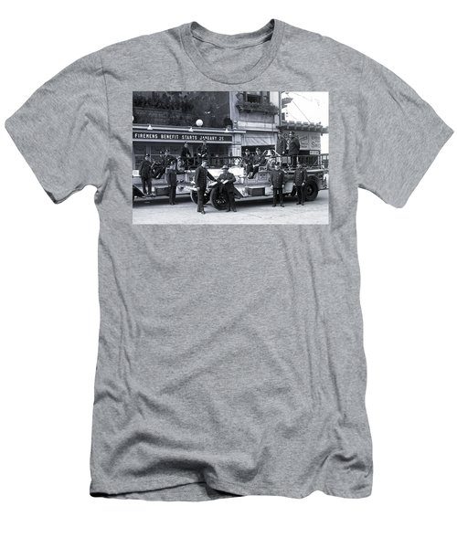 Santa Monica Firemen 1920 Men's T-Shirt (Athletic Fit)