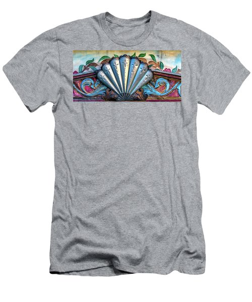 Santo Nino De Atocha Chapel Detail Men's T-Shirt (Athletic Fit)