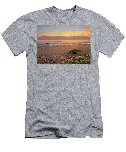 Shells On The Beach Men's T-Shirt (Athletic Fit)